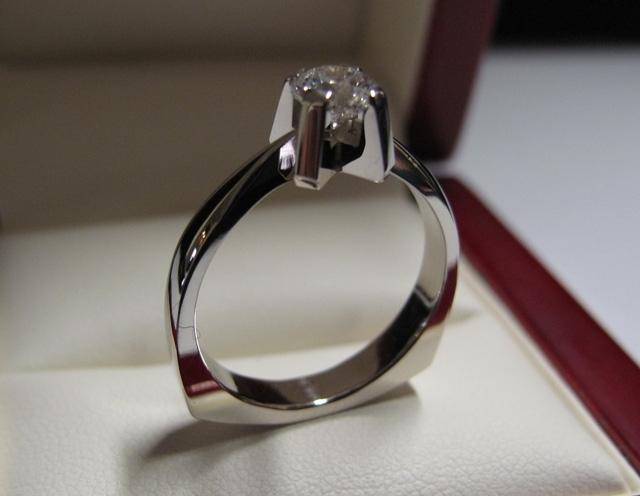 Sužadėtuvių žiedas dizainas 39