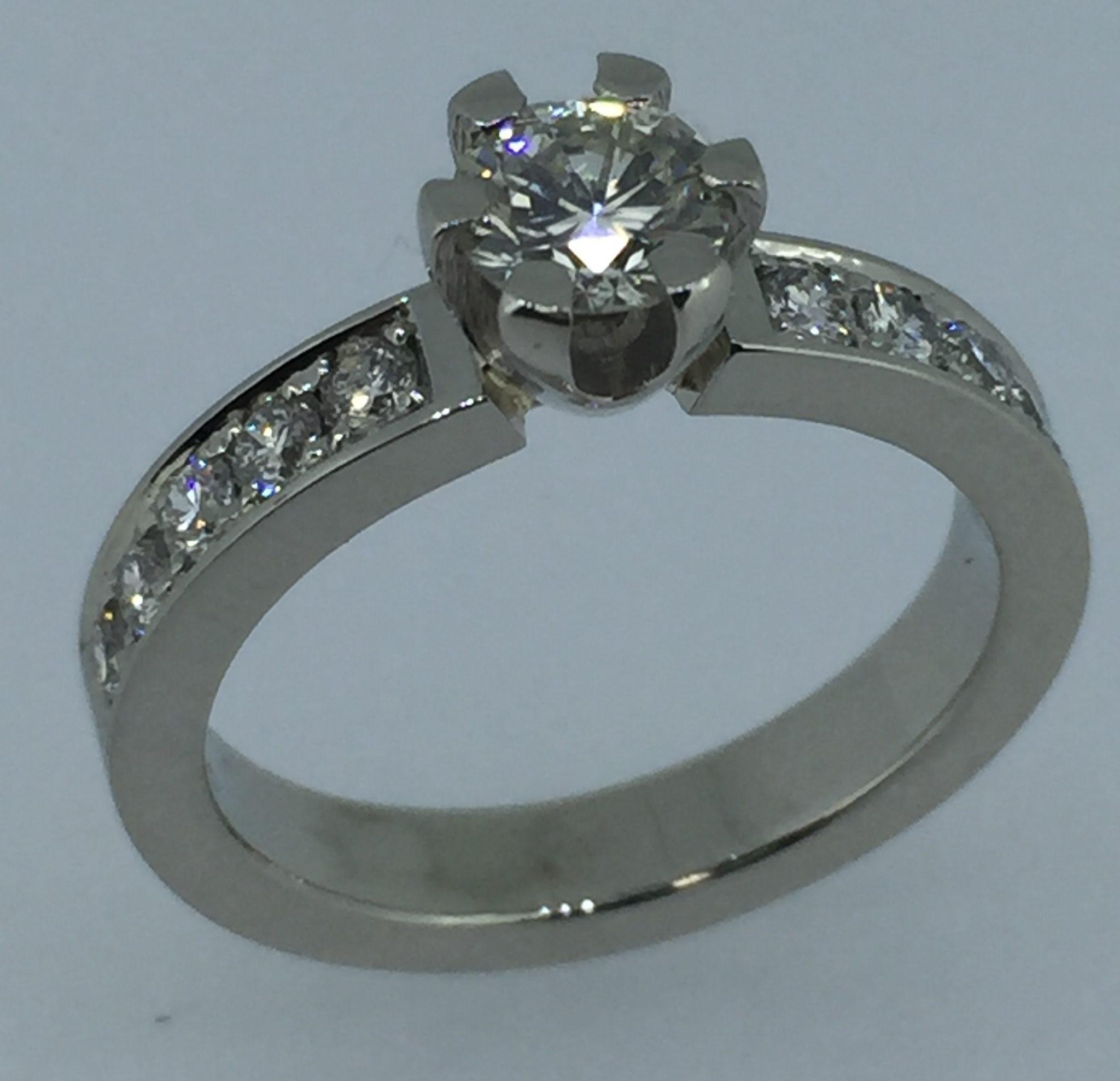 Sužadėtuvių žiedas dizainas 1